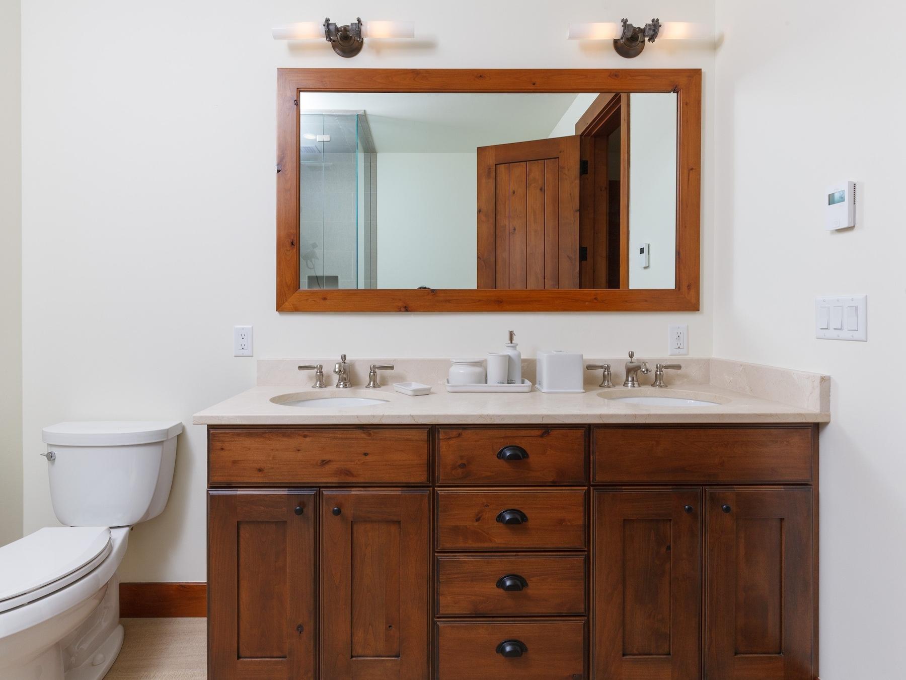 BR 2 bath 5611